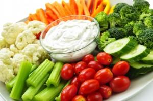 bigstock_Vegetables_And_Dip_5691477-562x373